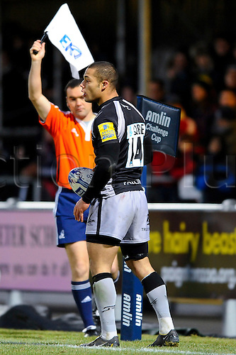 11.12.2010 Amlin Cup Rugby Exeter Chiefs v Newcastle Falcons. Newcastle Falcons Winger (#14) Danny Williams marks touch in the second half
