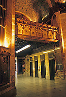 New York: Woolworth Building, Lobby. Photo '85.