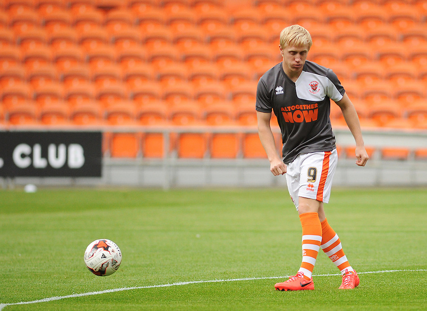 Blackpool's Mark Cullen during the pre-match warm-up <br /> <br /> Photographer Kevin Barnes/CameraSport<br /> <br /> Football - The Football League Sky Bet League One - Blackpool v Burton Albion - Tuesday 18th August 2015 - Bloomfield Road - Blackpool<br /> <br /> &copy; CameraSport - 43 Linden Ave. Countesthorpe. Leicester. England. LE8 5PG - Tel: +44 (0) 116 277 4147 - admin@camerasport.com - www.camerasport.com