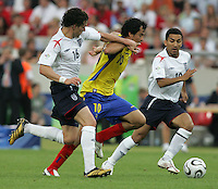 Owen Hargreaves, Ivan Kaviedes, Aaron Lennon.  England defeated Ecuador, 1-0, in their FIFA World Cup round of 16 match at Gottlieb-Daimler-Stadion in Stuttgart, Germany, June 25, 2006.