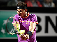 Il tennista spagnolo Rafael Nadal in azione nel corso degli Internazionali d'Italia di tennis a Roma, 18 maggio <br /> Spanish tennis player Rafael Nadal in action during the italian Masters tennis in Rome, on May 18, 2017.<br /> UPDATE IMAGES PRESS/Isabella Bonotto