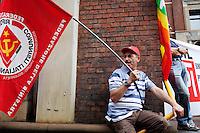 Milano: sciopero indetto dalla CGIL per protestare contro la manovra economica del governo..Milan: demonstration organized by General Confederation of Italian Workers (CGIL) union against the government's economic policy.