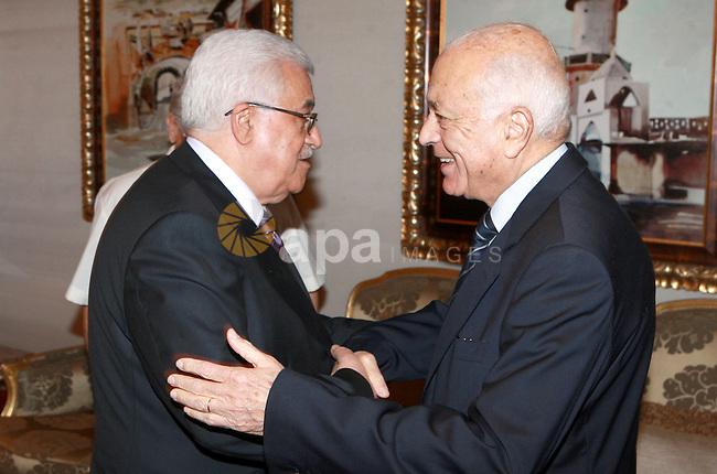 Palestinian President, Mahmoud Abbas (Abu Mazen) meets with Secretary General of the League of Arab States, Mr. Nabil Al Arabi  in Qatar, on June 01, 2012.  Photo by Thaer Ganaim