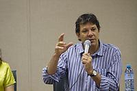 SAO PAULO, SP, 20.12.2013 - REUNIÃO DE PREFEITOS - UNIFESP - O Prefeito de São Paulo Fernando Haddad durante a reunião com prefeitos dos municípios que tem campus da Unifesp, nesta sexta-feira (20)  (Foto: Marcelo Brammer / Brazil Photo Press).