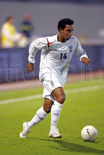 11 October 2006: England midfielder Kieran Richardson runs with the ball during the Euro 2008 Qualifier between Croatia and England played at the Maksimir Stadium in Zagreb, Croatia. Croatia won the match 2-0. Photo: Neil Tingle/Action Plus..061011 football soccer association international player