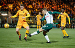 29.03.2019 Livingston v Hibs: Florian Kamberi with a chance