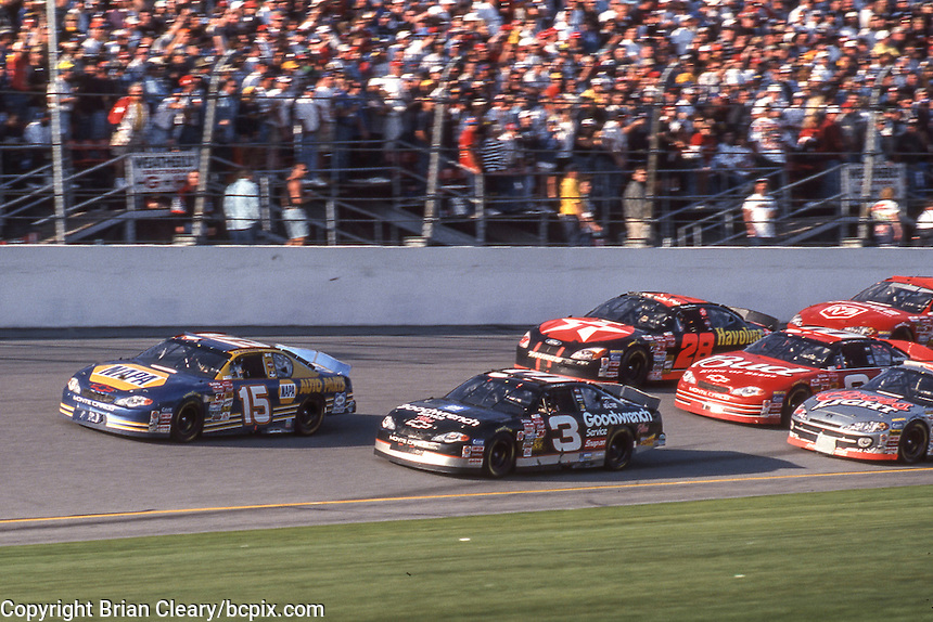 Michel WAltrip (15), Dale Earnhardt (3) battle for the lead, Daytona 500, Daytona International Speedway, Daytona Beach, FL, February 18, 2001.  (Photo by Brian Cleary/ www.bcpix.com )