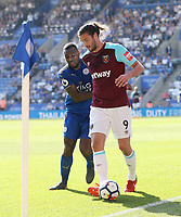 West Ham United's Andy Carroll and Leicester City's Wes Morgan<br /> <br /> Photographer Rob Newell/CameraSport<br /> <br /> The Premier League - Leicester City v West Ham United - Saturday 5th May 2018 - King Power Stadium - Leicester<br /> <br /> World Copyright &copy; 2018 CameraSport. All rights reserved. 43 Linden Ave. Countesthorpe. Leicester. England. LE8 5PG - Tel: +44 (0) 116 277 4147 - admin@camerasport.com - www.camerasport.com