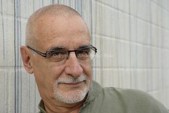 Ian Manook, French writer.