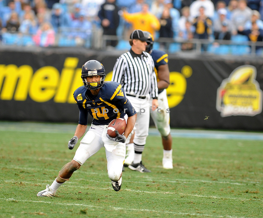 West Virginia vs North Carolina in the Meineke Car Care Bowl in Charlotte, North Carolina on December 27, 2008... Photo Credit: Don Kelly/ AI WIRE  West Virginia vs North Carolina in the Meineke Car Care Bowl in Charlotte, North Carolina on December 27, 2008.   West Virginia would defeat North Carolina 31-30... Photo Credit: Don Kelly