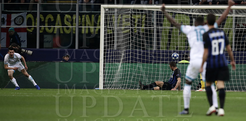 Football: UEFA Champions League -Group Stage - Group B - FC Internazionale Milano vs PSV Eindhoven, Giuseppe Meazza  (San Siro) Stadium, Milan Italy, December 11, 2018.<br /> PSV Eindhoven's Hirving Lozano (l) celebrates after scoring during the Uefa Champions League football match between Inter Milan and PSV Eindhoven at Giuseppe Meazza  (San Siro) Stadium in Milan on December 11, 2018. <br /> UPDATE IMAGES PRESS/Isabella Bonotto