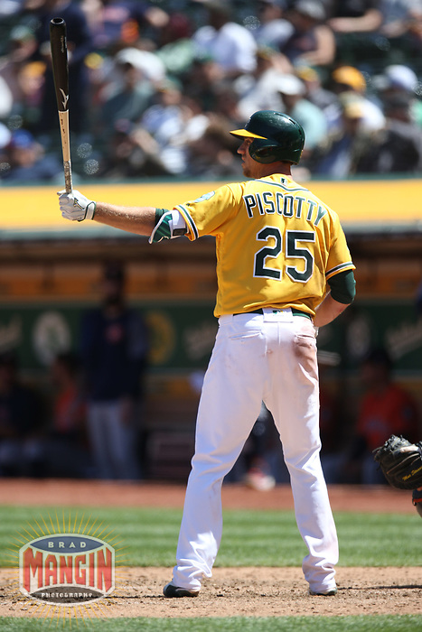 OAKLAND, CA - MAY 9:  Stephen Piscotty #25 of the Oakland Athletics bats against the Houston Astros during the game at the Oakland Coliseum on Wednesday, May 9, 2018 in Oakland, California. (Photo by Brad Mangin)