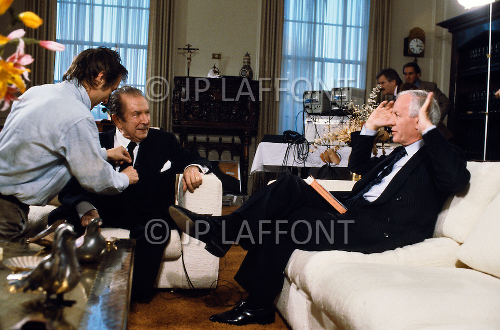 New York, Long Island - NOVEMBER 1987.<br /> Claudio Arrau with television presenter Jacques Chancel.Claudio Arrau (February 6, 1903 - June 9, 1991) was a Chilean pianist, considered one of the greatest pianists of the twentieth century, who is best known for his interpretations of Beethoven, Schubert, Chopin, Schumann, Liszt and Brahms.