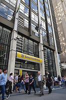 SAO PAULO, 20 DE FEVEREIRO DE 2013. - BANCO DO BRASIL LUCRO RECORDE - O Banco do Brasil fechou 2012 com lucro líquido de R$ 12,2 bilhões, o que corresponde a retorno anualizado sobre o patrimônio líquido médio (RSPL) de 19,8%. O lucro líquido sem a Previ (fundo de pensão dos funcionários do banco) foi de R$ 11,4 bilhões no ano passado, aumento de 10,2% em relação a 2011, recorde para a marca. (FOTO: ALEXANDRE MOREIRA / BRAZIL PHOTO PRESS)