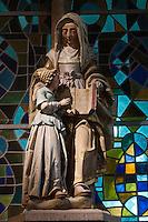 France, Manche (50), Cotentin, Villedieu les Poêles:  L'église Notre-Dame/ - Statue de Sainte-Anne patonne des poêliers/ France, Manche, Cotentin,Villedieu les Poeles:  The church , Statue of St. Anne