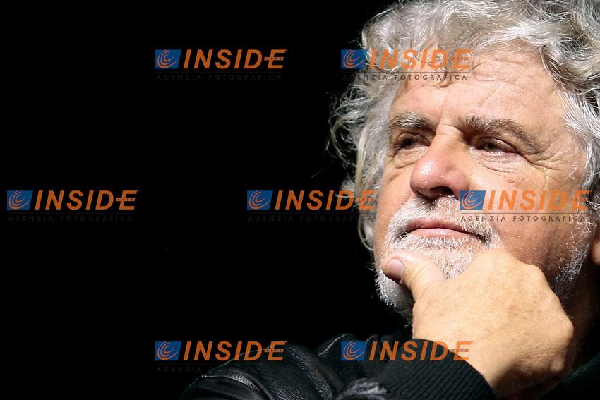 Beppe Grillo <br /> Roma 06/06/2013 Torvajanica. Comizio del Movimento 5 Stelle per le elezioni comunali.<br /> Meeting of Movement 5 Stars for the municipal elections.<br /> Photo Samantha Zucchi Insidefoto