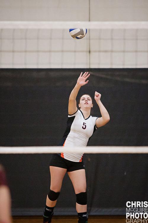 10/21/11 - Kalamazoo, MI: Kalamazoo College volleyball vs Alma.  Alma won 3-2.  Photo by Chris McGuire.