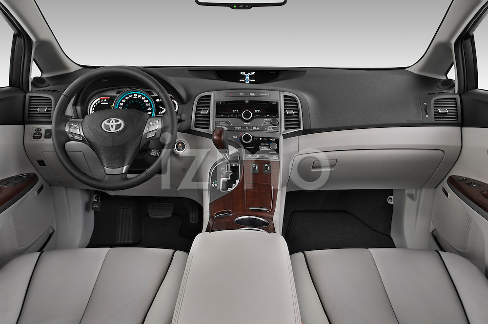 Straight dashboard view of a 2009 Toyota Venza.