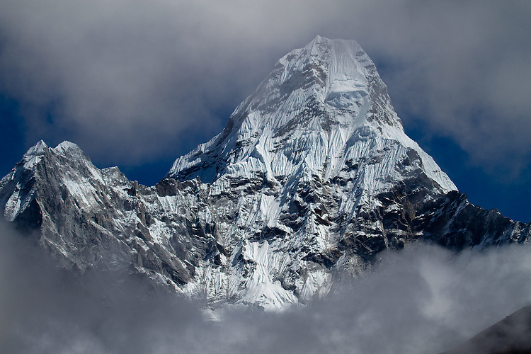 Mt. Ama Dablam seen from the trail enroute to Lobuche Base Camp.