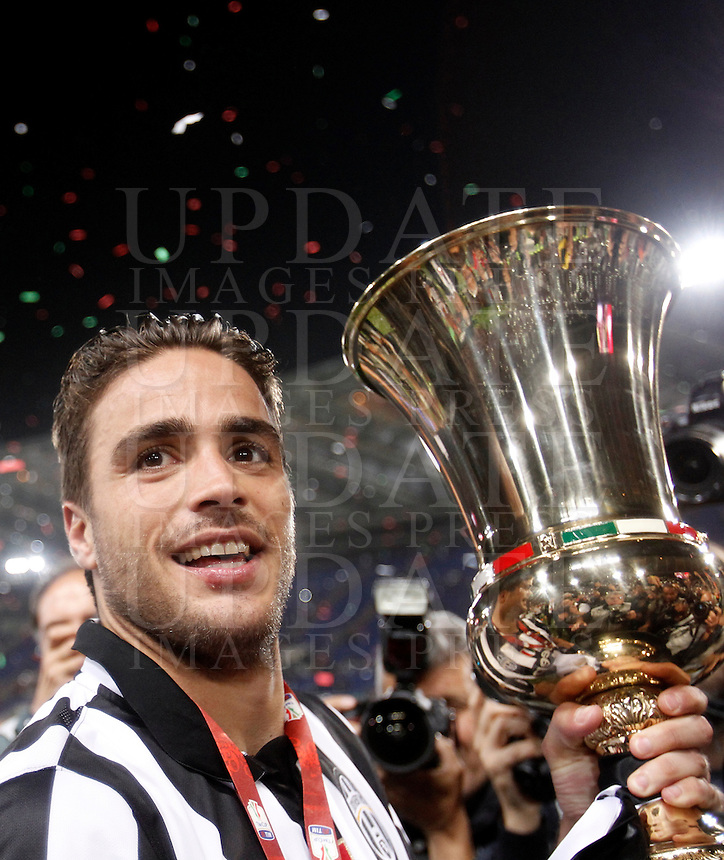 Calcio, finale Tim Cup: Juventus vs Lazio. Roma, stadio Olimpico, 20 maggio 2015.<br /> Juventus' Alessandro Matri holds the trophy at the end of the Italian Cup final football match between Juventus and Lazio at Rome's Olympic stadium, 20 May 2015. Juventus won 2-1 after extra time.<br /> UPDATE IMAGES PRESS/Isabella Bonotto