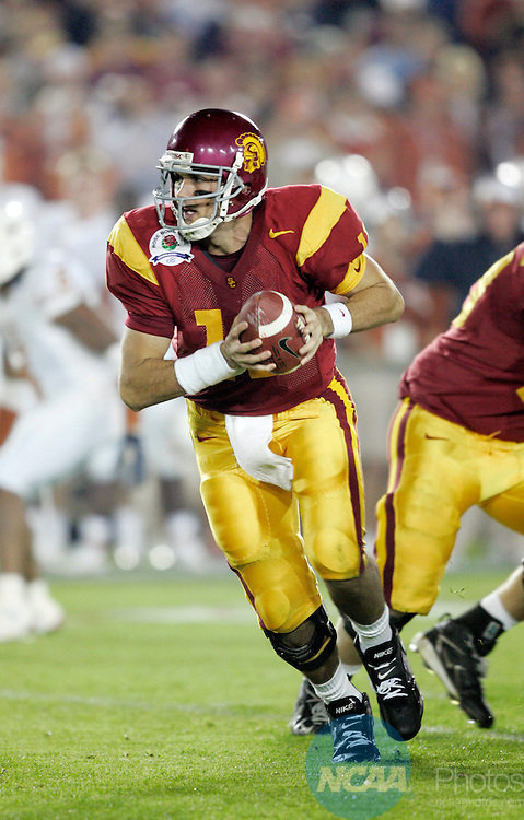 04 JAN 2006:  Matt Leinert (11) of the University of Southern California plays against the University of Texas during the BCS National Championship Game at the Rose Bowl in Pasadena, CA.  Texas defeated USC 41-38 for the national title.  Jamie Schwaberow/NCAA Photos