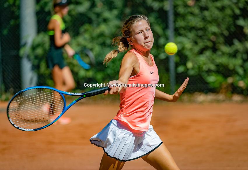 Hilversum, Netherlands, August 6, 2018, National Junior Championships, NJK, Isis van den Broek (NED)<br /> Photo: Tennisimages/Henk Koster