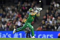 10th January 2020; Marvel Stadium, Melbourne, Victoria, Australia; Big Bash League Cricket, Melbourne Renegades versus Melbourne Stars; Seb Gotch of the Stars catches the ball - Editorial Use
