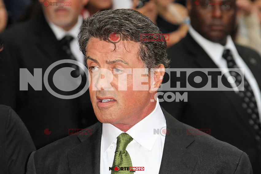 LONDON - AUGUST 13: Sylvester Stallone attended the UK Film Premiere of 'The Expendables 2', Leicester Square, London, UK. August 13, 2012. (Photo by Richard Goldschmidt) /NortePhoto.com<br /> <br />  **CREDITO*OBLIGATORIO** *No*Venta*A*Terceros*<br /> *No*Sale*So*third* ***No*Se*Permite*Hacer Archivo***No*Sale*So*third*
