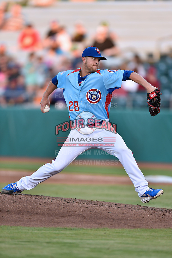 Tennessee Smokies pitcher Stephen Perakslis (28) delivers a pitch during a game against the Chattanooga Lookouts on April 25, 2015 in Kodak, Tennessee. The Smokies defeated the Lookouts 16-10. (Tony Farlow/Four Seam Images)