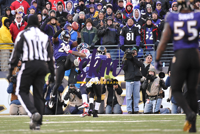 The Baltimore Ravens held onto a 20 - 13 victory over the Houston Texans to advance to the AFC Championship Game next weekend in New England.The Baltimore Ravens held onto a 20 - 13 victory over the Houston Texans to advance to the AFC Championship Game next weekend in New England.