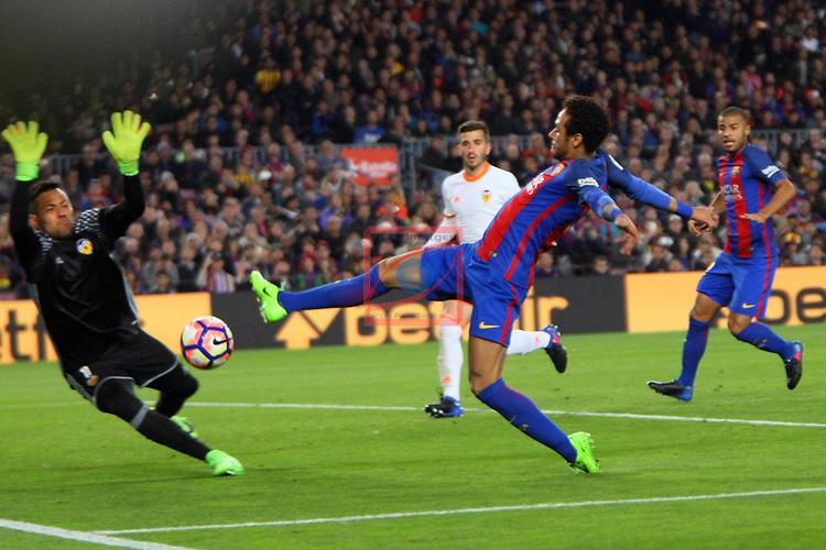 League Santander 2016/2017. Game: 28.<br /> FC Barcelona vs Valencia CF: 4-2.<br /> Diego Alves vs Neymar.