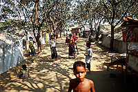 Rohingya Muslim children play at a camp for people displaced by violence near Sittwe April 27, 2013. Picture taken April 27, 2013.   REUTERS/Damir Sagolj (MYANMAR)