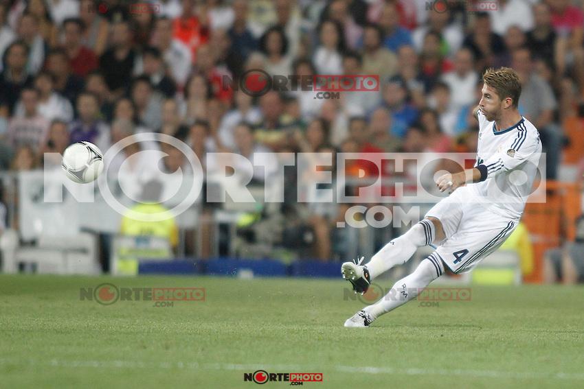 Real Madrid's  and Barcelona's  during Super Copa of Spain on Agost 29th 2012...Photo:  (ALTERPHOTOS/Ricky) Super Cup match. August 29, 2012. <br />  (foto:ALTERPHOTOS/NortePhoto.com<br /> <br /> **CREDITO*OBLIGATORIO** <br /> *No*Venta*A*Terceros*<br /> *No*Sale*So*third*<br /> *** No*Se*Permite*Hacer*Archivo**<br /> *No*Sale*So*third*