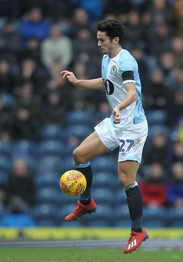 Blackburn Rovers Lewis Travis<br /> <br /> Photographer Mick Walker/CameraSport<br /> <br /> The EFL Sky Bet Championship - Blackburn Rovers v Bristol City - Saturday 9th February 2019 - Ewood Park - Blackburn<br /> <br /> World Copyright © 2019 CameraSport. All rights reserved. 43 Linden Ave. Countesthorpe. Leicester. England. LE8 5PG - Tel: +44 (0) 116 277 4147 - admin@camerasport.com - www.camerasport.com