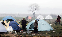 Pictured: Migrants at the camp Monday 07 March 2016<br /> Re: Refugees at the Greek FYRO Macedonian border in Idomeni, Greece.