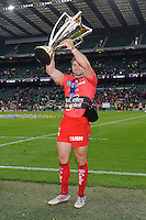 Leigh Halfpenny of RC Toulon lifts the European Rugby Champions Cup trophy