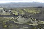 Du sommet du Laki (818 m), on domine la faille qui dessine une cicatrice de 25 km alignant comme a la parade quelques 130 crateres.....