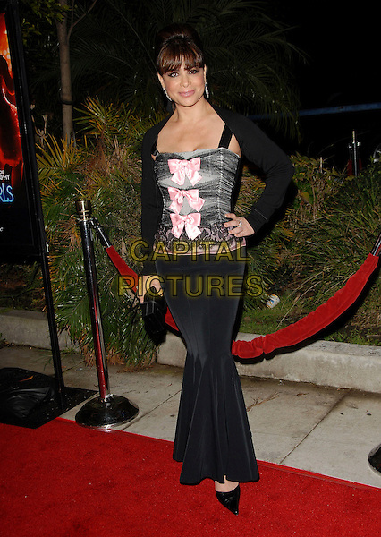 "PAULA ABDUL.Arrivals at the Paramount Pictures' Premiere of ""Dreamgirls"" held at The Wilshire Theatre, Beverly Hills, California, USA, December 11th 2006..full length fringe black grey pink top hand on hip.CAP/DVS.©Debbie VanStory/Capital Pictures"