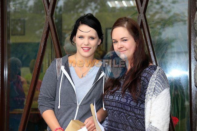 Anna Wlash and Shauna Dyas<br /> Leaving Cert Results<br /> Picture:  Fran Caffrey / www.newsfile.ie