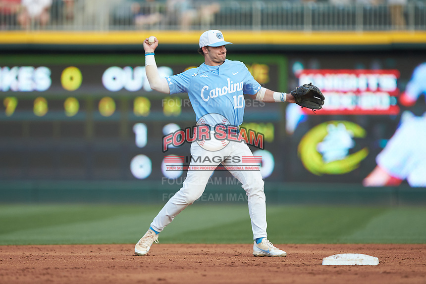 Zack Gahagan (10) of the North Carolina Tar Heels makes a throw to first base against the South Carolina Gamecocks at BB&T BallPark on April 3, 2018 in Charlotte, North Carolina. The Tar Heels defeated the Gamecocks 11-3. (Brian Westerholt/Four Seam Images)