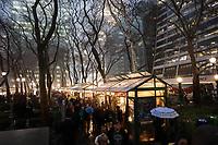 NOVA YORK, EUA, 21.12.2018 - TURISMO-EUA - Movimentação na feira de Natal no Bryant Park na ilha da Manhattan na cidade de Nova York nesta sexta-feira, 21.(Foto: William Volcov/Brazil Photo Press)