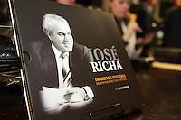 CURITIBA, PR, 19.05.2014 -  LANÇAMENTO DO LIVRO / EX GOVERNADOR JOSÉ RICHA  - Evento de lançamento do livro em homenagem ao ex-governador do Paraná José Richa, na noite desta segunda-feira (19) na Assembleia Legislativa do Paraná. (Foto: Paulo Lisboa / Brazil Photo Press)