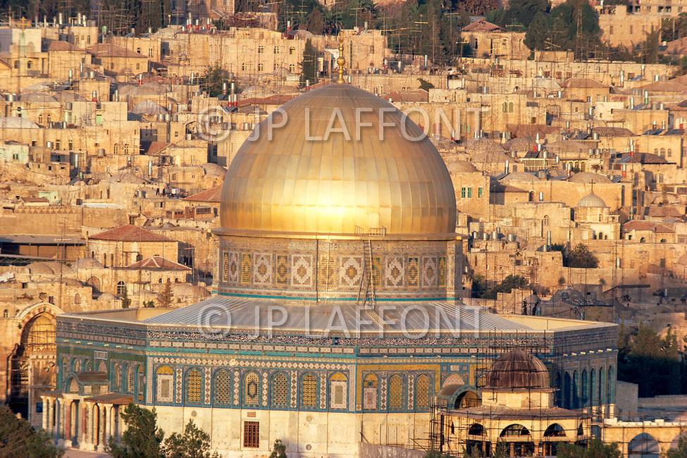 December 1980, Jerusalem, Israel --- The Dome of the Rock in Jerusalem. --- Image by © JP Laffont
