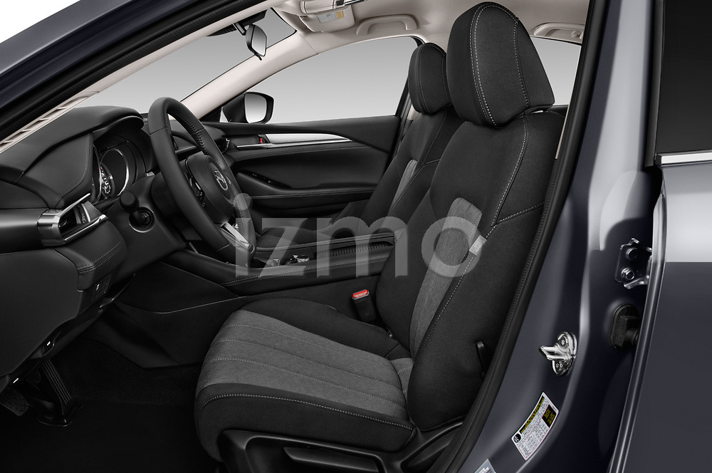 Front seat view of 2018 Mazda Mazda6 Dynamique 4 Door Sedan Front Seat  car photos