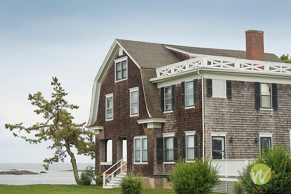 Vineyard Point Road house. Long Island Sound. Guilford Harbor.