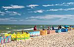 Rowy, 2018.08.04. Letnie kąpielisko Rowy Zachód o długość linii brzegowej 200 m i 1 zejściu na plażę. PAP/Jerzy Ochoński