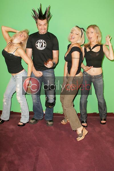 """Elaine Klimaszewski and Phil X with Ninette Terhart and Diane Klimaszewski<br />on the set of """"Twin's TV"""". Private Location. Sherman Oaks, CA. 09-15-05<br />Dave Edwards/DailyCeleb.com 818-249-4998"""