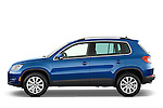 Driver side profile view of a 2009 Volkswagen Tiguan SEL.
