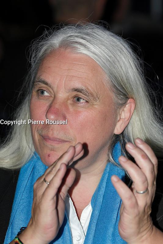Manon Masse<br /> <br />  au Gala Phenicia de la Chambre de Commerce LGBT du Qu&eacute;bec, tenu au Parquet de la Caisse de Depots et Placements du Quebec, jeudi, 26 mai 2016.<br /> <br /> <br /> PHOTO : Pierre Roussel -  Agence Quebec Presse