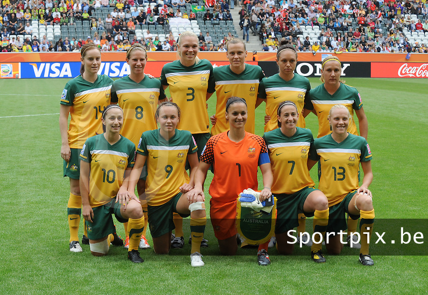 Fifa Women's World Cup Germany 2011 : Brazil - Australia  at Borussia - Park in Munchengladbach : groepsfoto - group picture Australia.foto DAVID CATRY / Vrouwenteam.be